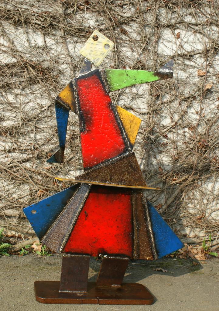 grande danseuse jupe rouge et bleue